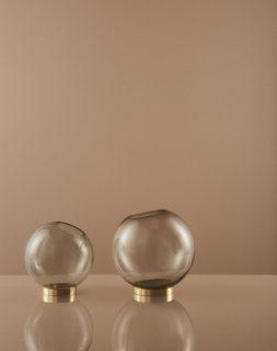Vase Globe Mini rose von AYTM