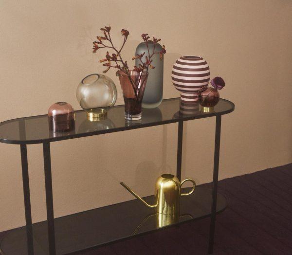 Vase Globe von AYTM auf Board