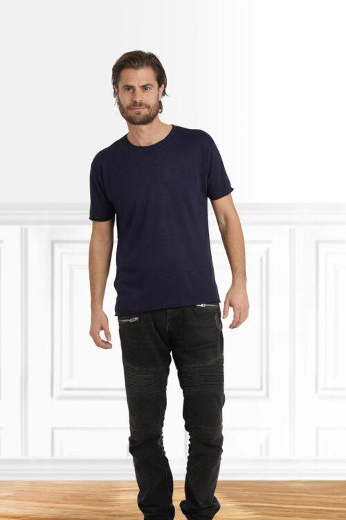 Mode Pullover und T-Shirts - T-Shirt Kristian von Care by me