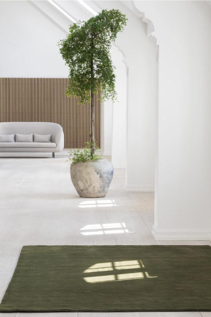 Earth Teppich verte grey von Massimo