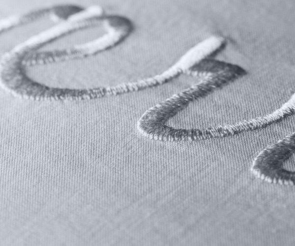 Geismars Geschirrtuch Stickerei