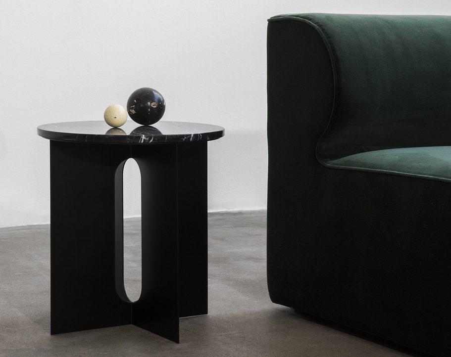 Tische und Kleinmöbel