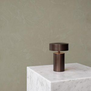 Column Tischlampe von Menu AS