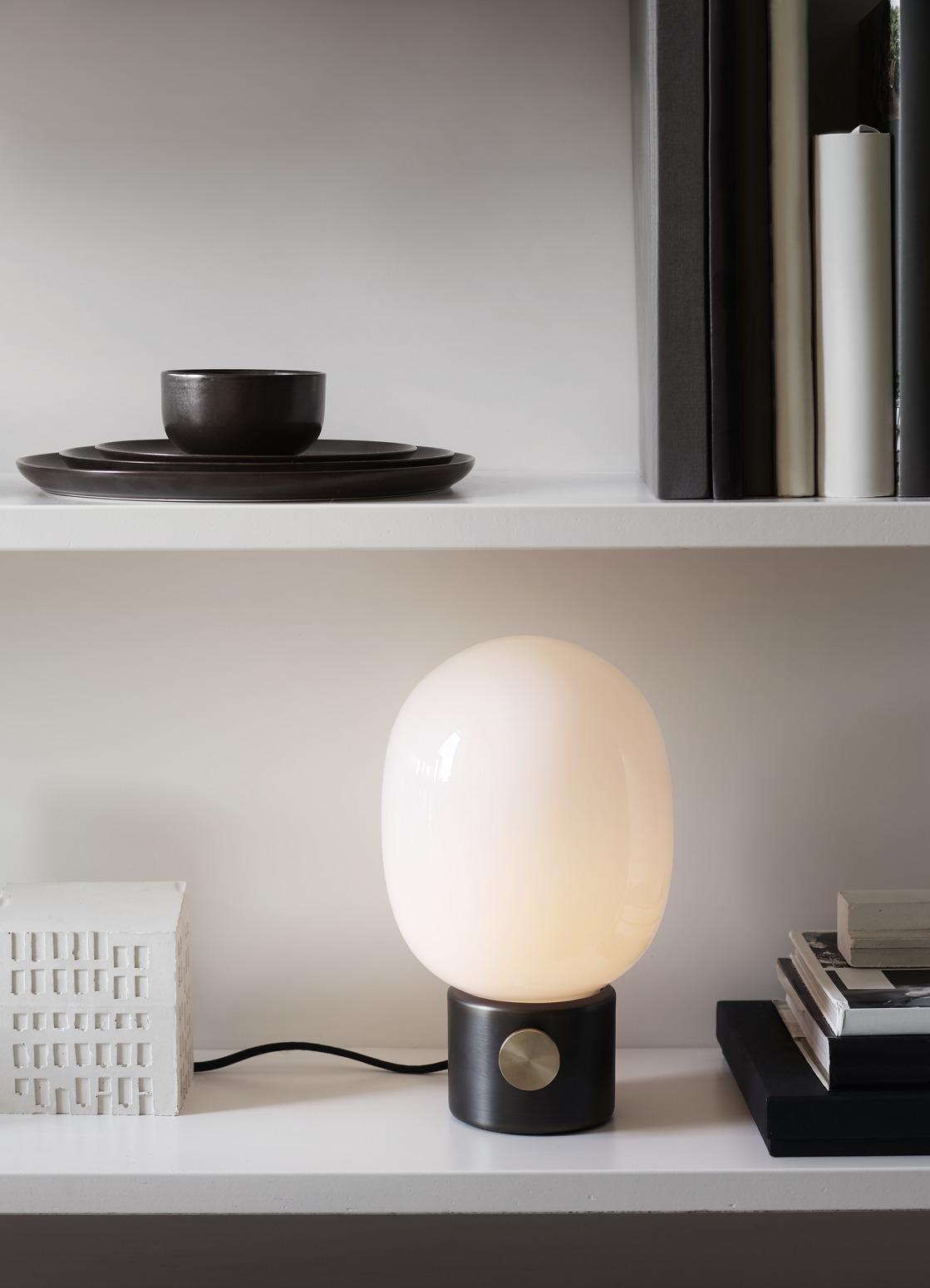 JWDA Tischlampe von Menu AS