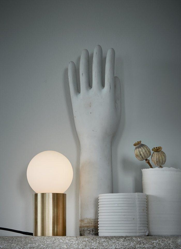 Socket Occasional Tischlampe von Menu AS