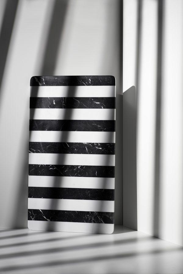 Platte Cover Up black & white von Lisette Rützou