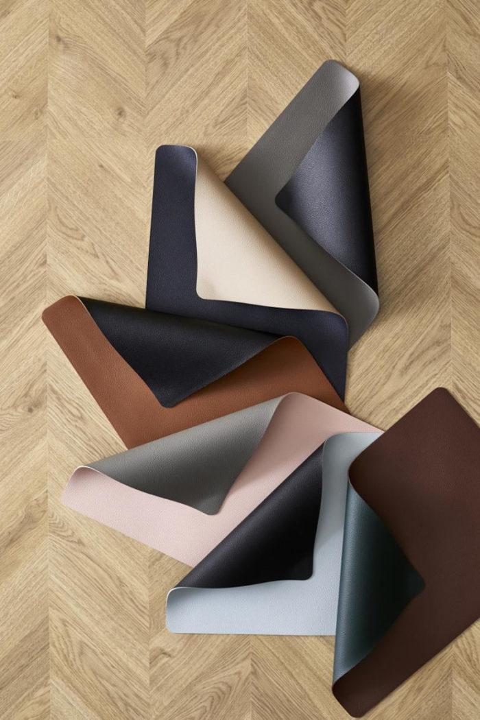 Tischwäsche: Zweifarbige Tischsets von Christian Bitz