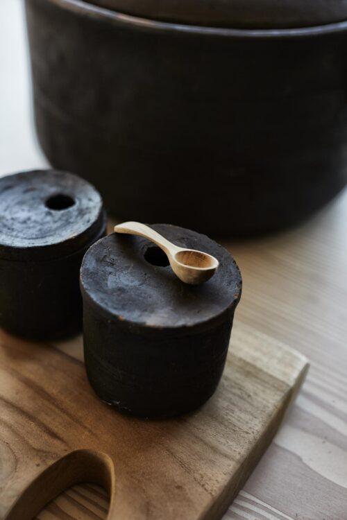 Salz- und Pfeffer Set mit Deckel und Löffel muubs