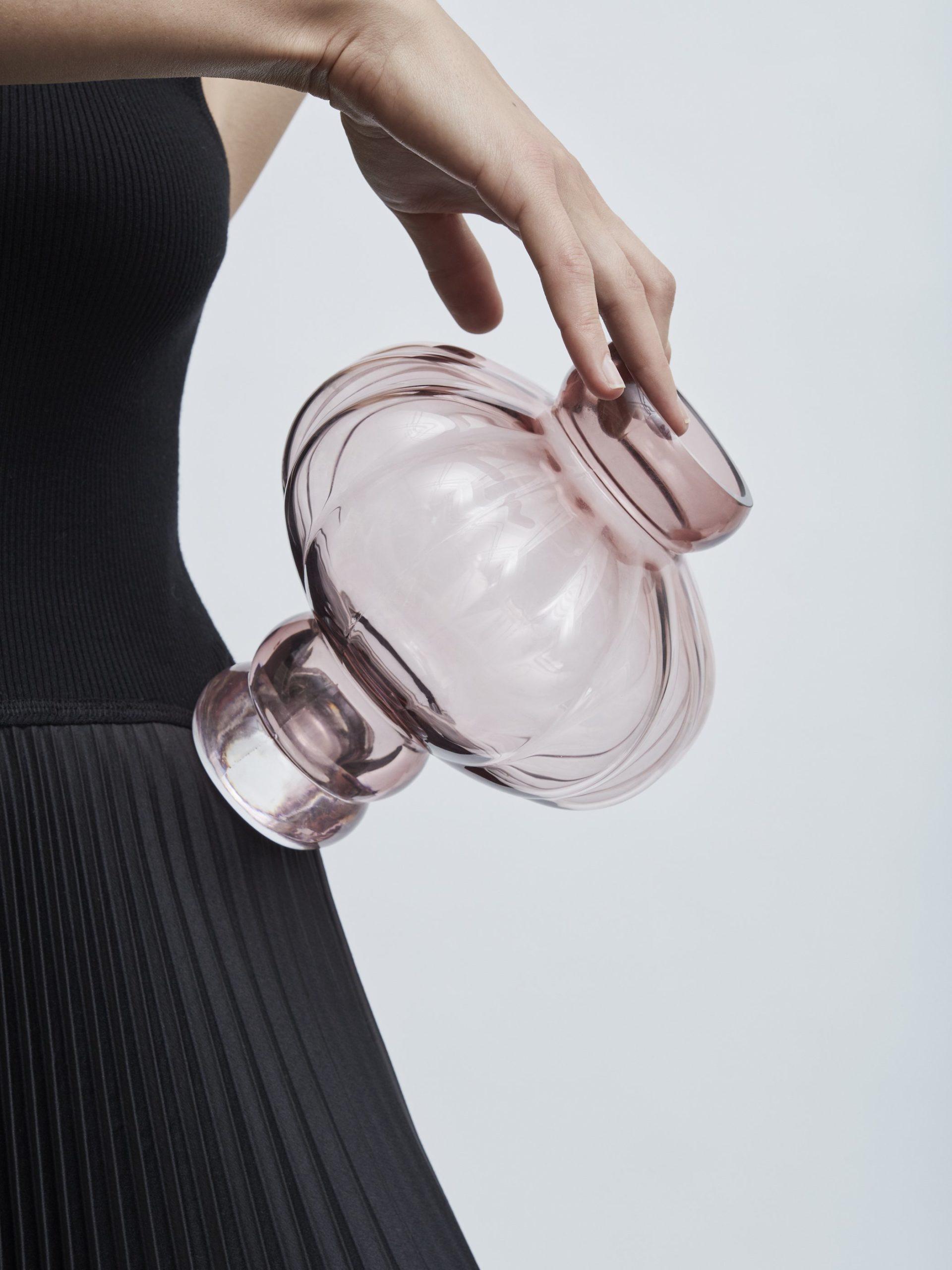 kleine Ballon Vase mit Sockel Louise Roe