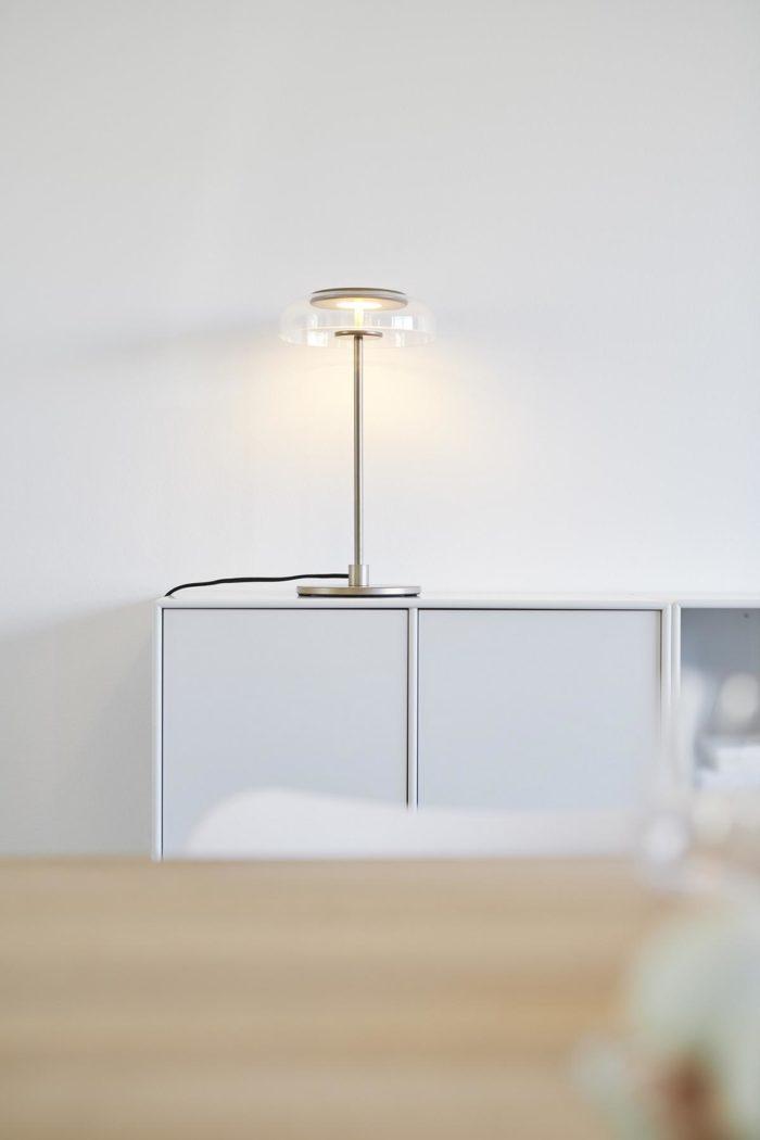 Blossi Tischlampe mit LED nuura