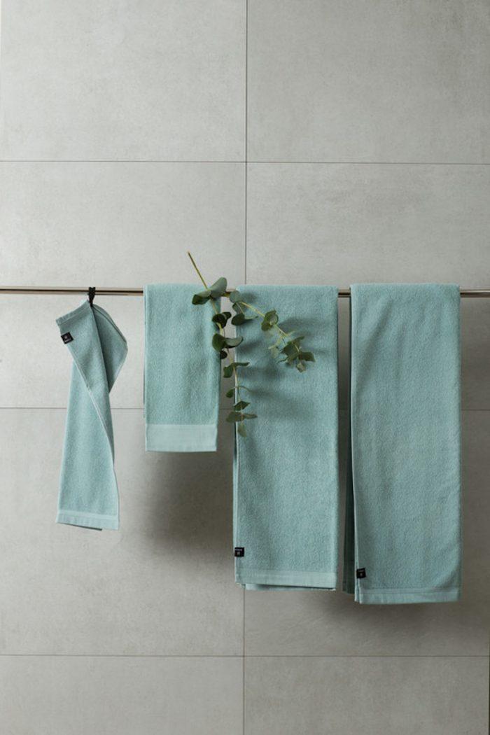 Handtücher und Badvorleger: Badehandtuch aus Leinenfrottee