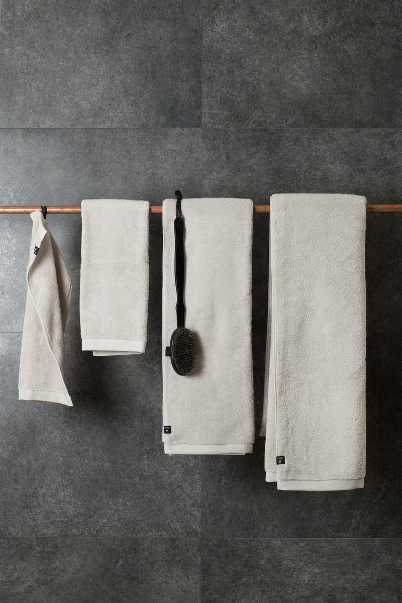 Handtücher und Badvorleger - Duschhandtuch aus Biobaumwolle