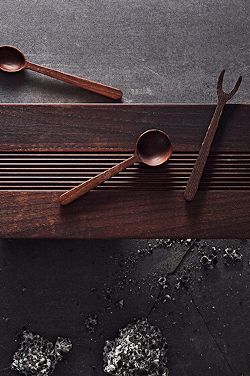 Küche: 3-teiliges Tapas Set Yami aus dunklem Eschenholz von muubs
