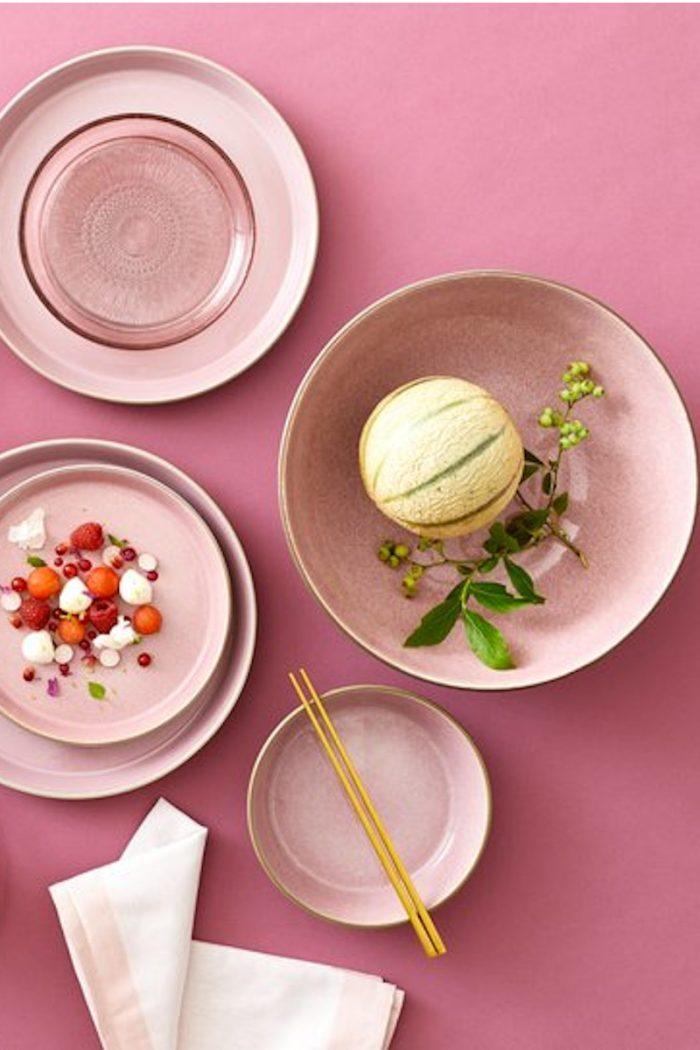 Steingut Geschirr kleine Pasta Teller / Salatschüsseln 24 cm Christian Bitz rosa pink
