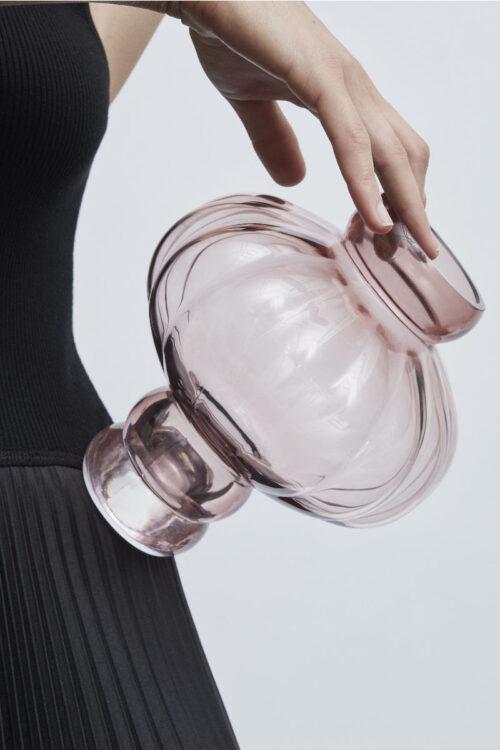 Wohnaccessoires - Vasen - hübsche Wohnaccessoires - Vasen - runde Balloon Vase No 2 in opal weiß