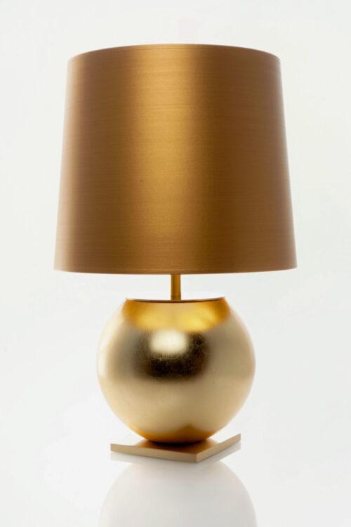 """Manufaktur - Tischleuchte """"the Sphere x Golden Hour"""" von Crafvoll - eine Hommage an das Detail"""